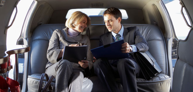 Experience luxury, professional and prompt services with Luxury Limousines, Inc. We specialize in corporate transportation, airport transfers and corporate outings.